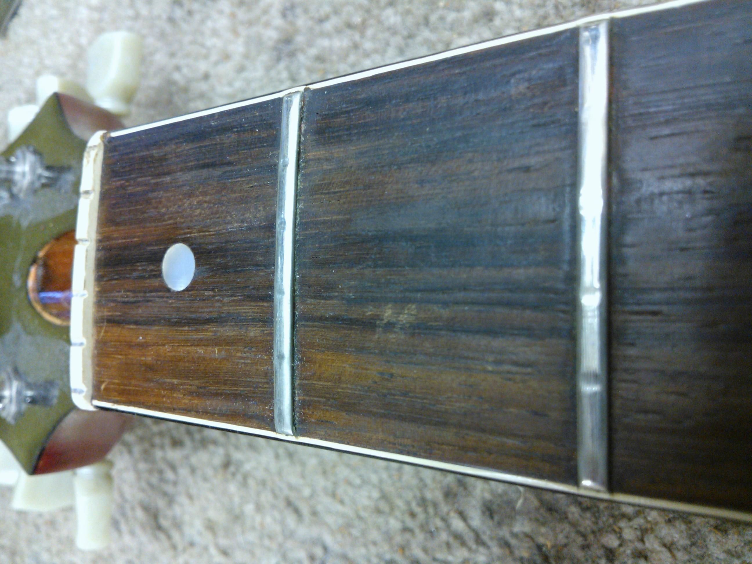 1960's Gibson SG worn frets