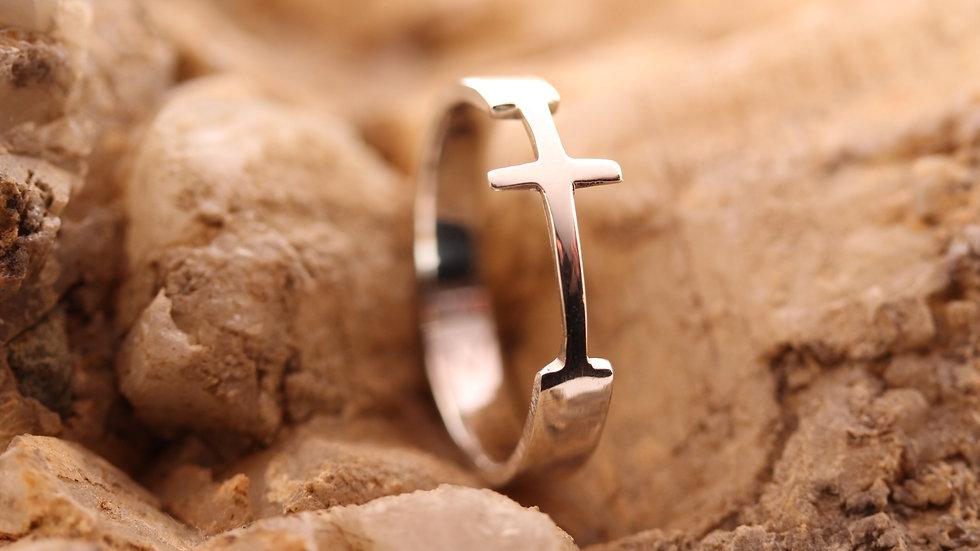 Cross Ring aus Silber