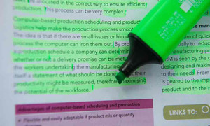 Ditch the highlighter for science revision please!