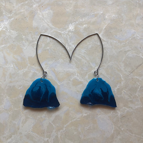 darYA earrings