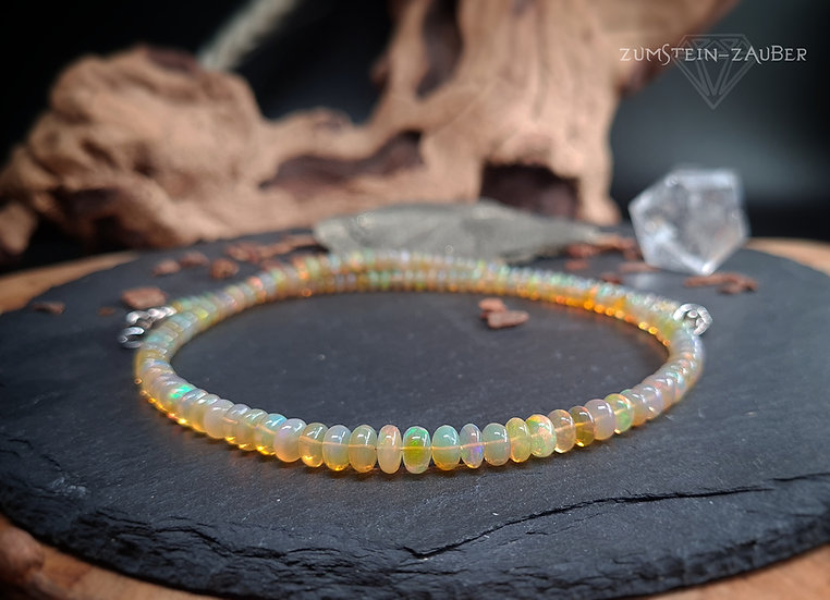 Welo Opal Halskette