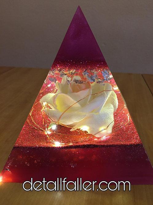 Lámpara Pirámide Rosa