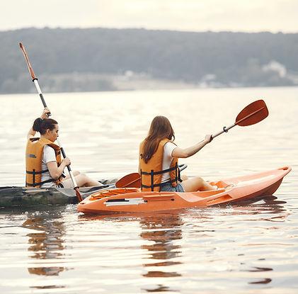 kayaking-women-kayak-girls-paddling-wate