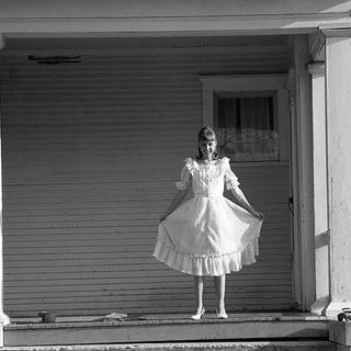 Liz, debutante 1980