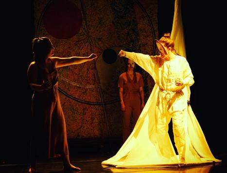 Entanglement! An Entropic Tale - Nottingham Lakeside Theatre - Infinite Opera