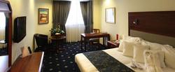 Ramada-Hotel-Jerusalem---Room-on-Executive-floor890