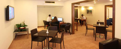 Ramada-Hotel-Jerusalem---Executive-Floor-guest-lounge890