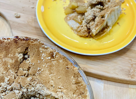 Pear & Apple Crumble Pie
