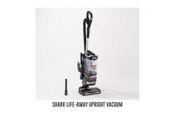 Shark Life-Away upright vacuum