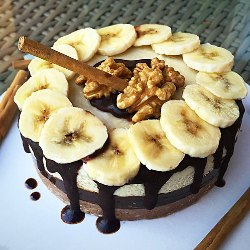 Raw vegan banana cake