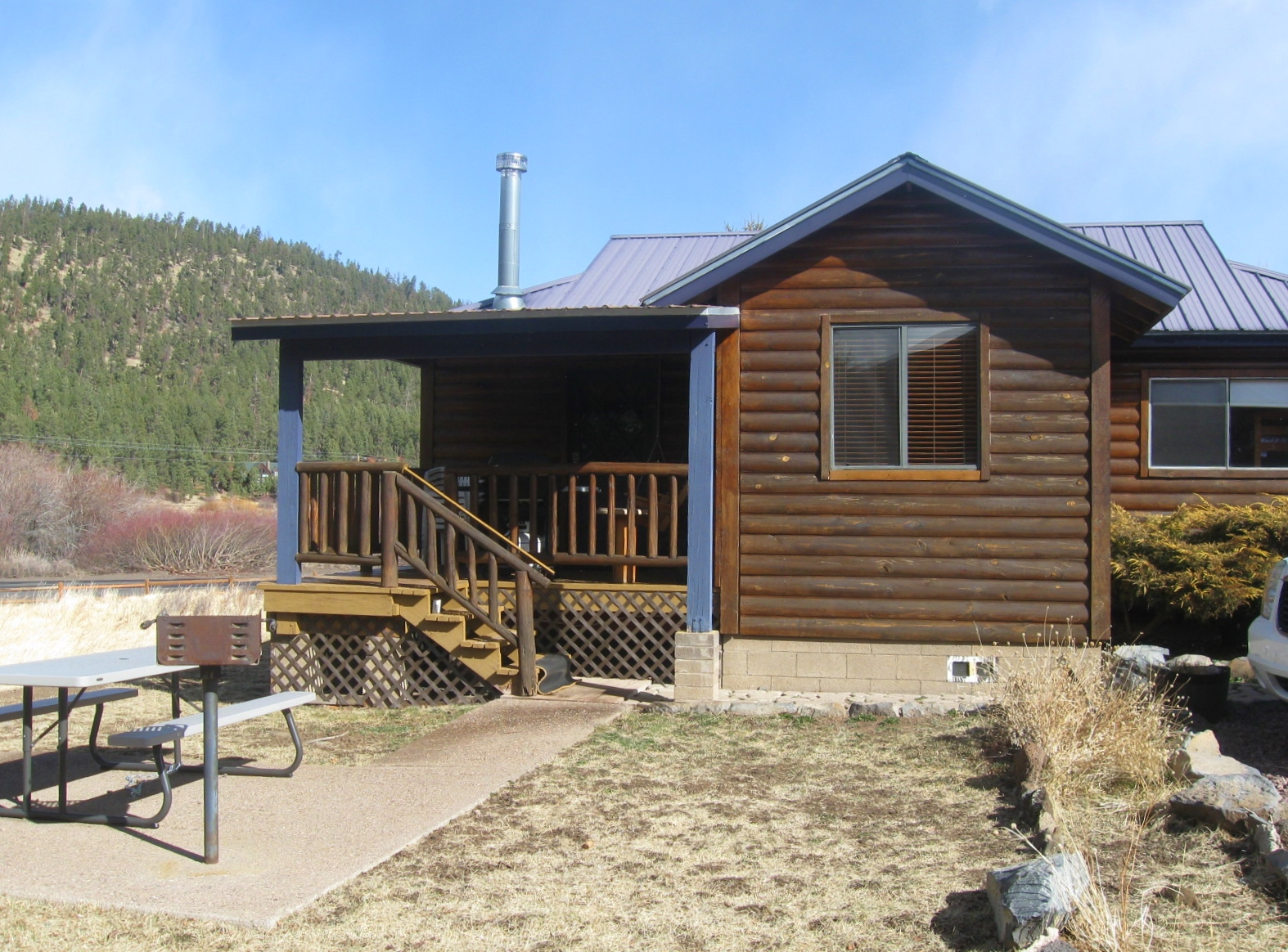 White Mountain Lodge Cabin #4