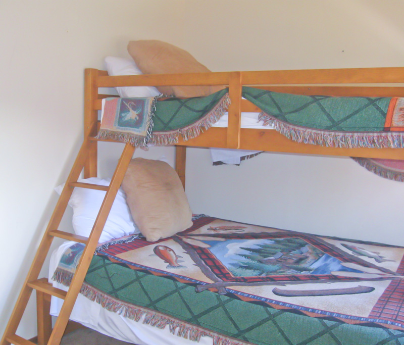 Bedroom at White Mountain Lo