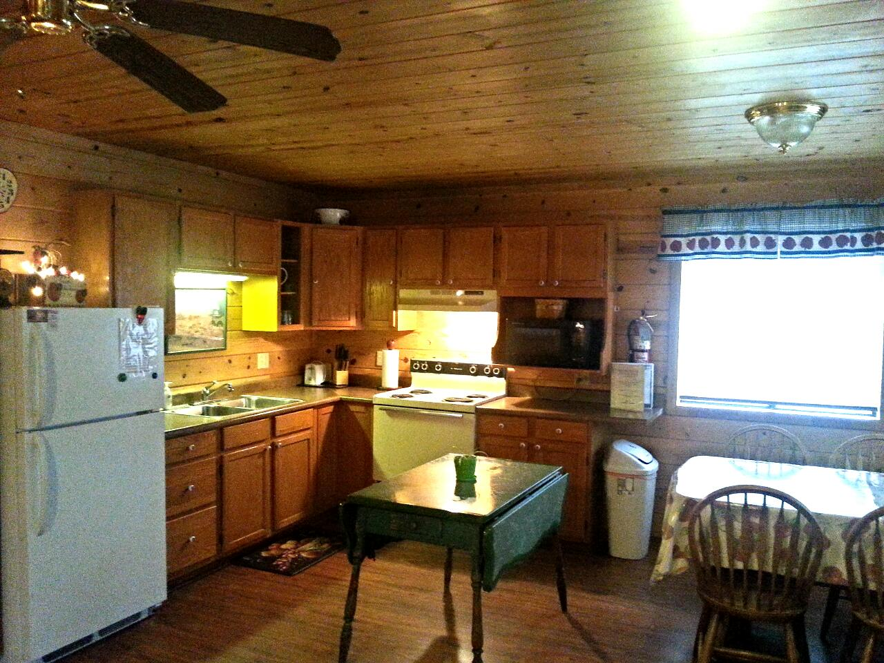Little Colorado Cabin #5 Kitchen