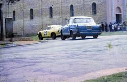 1968 Berlineta e JK da Ismael Chaves Barcellos curva igreja  Foto Chico Feoli