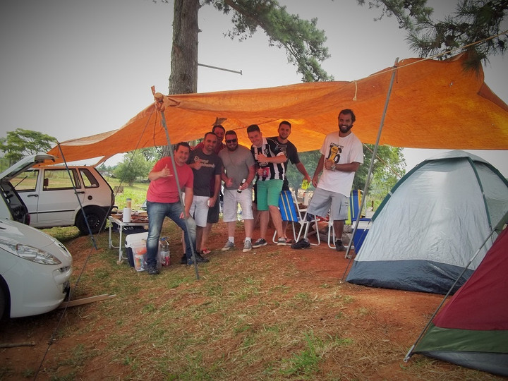 12 Horas: Pioneiros no acampamento