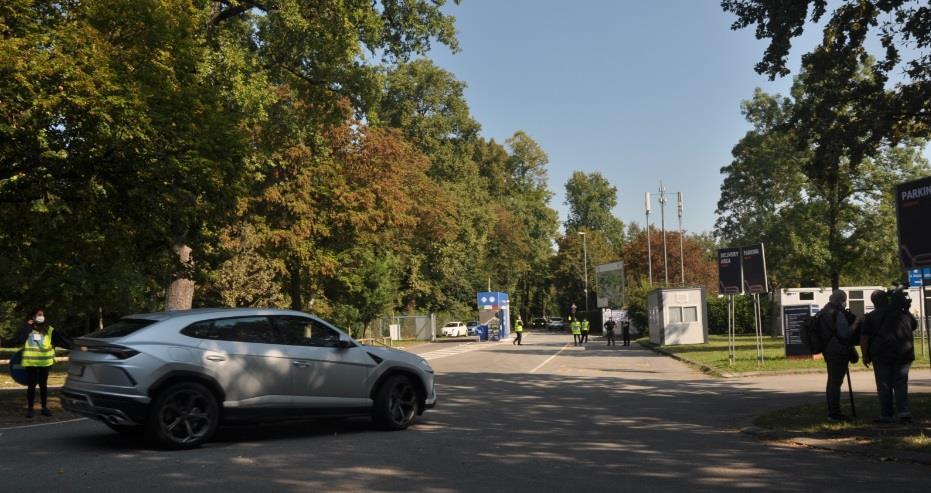 Portão acesso pilotos e equipes Monza