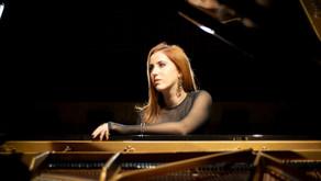 Aliança Francesa Porto Alegre promove live com a cantora Camila Orsatto
