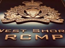 温哥华岛酒后驾车处罚,向人泼咖啡的罪行?