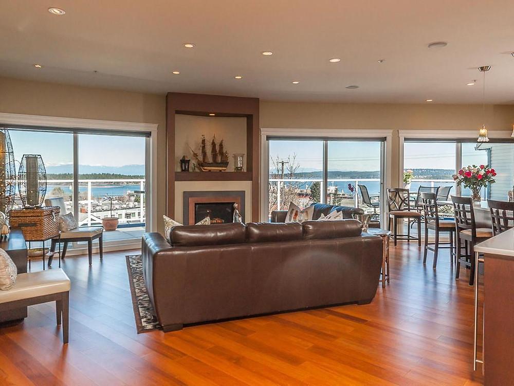 纳奈莫一在售公寓标价$100万震动市场。