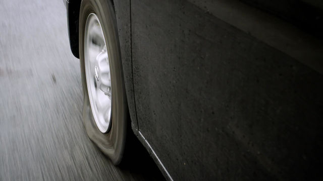 Do you know how to change a flat tire?