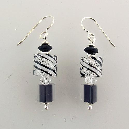 Audacious Earrings (Black/White 1)