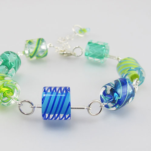 Cafe Bracelet (Cool Colors)