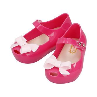 Z03 Fiucsa con moño rosa pastel