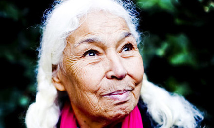 http://static.guim.co.uk/sys-images/Guardian/About/General/2010/4/15/1271352885389/Nawal-El-Saadawi-001.jpg