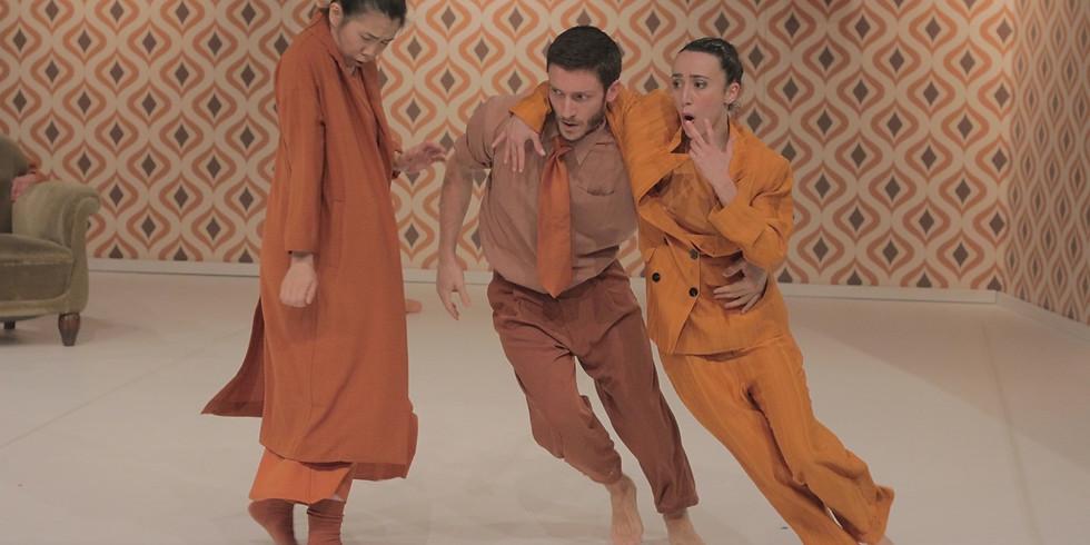 Wall paper spettacolo di danza contemporanea coreografie di Sara Angius