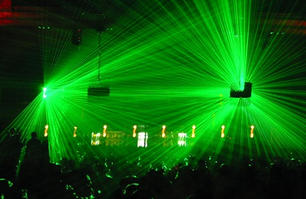 lasers-in-green-dance-club-party.jpg