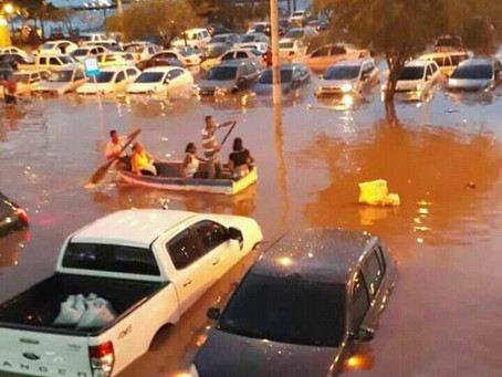 Inundaciones en barrios de Santa Marta por fuerte lluvia