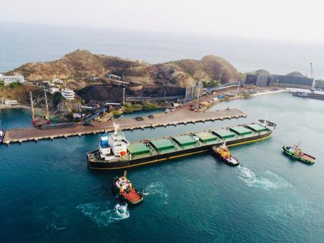 El Puerto de Santa Marta recibió el buque con mayores dimensiones que se tenga registro en el país