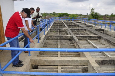 Controversia entre Aguas del Sur y Electricaribe por contrato de servicios