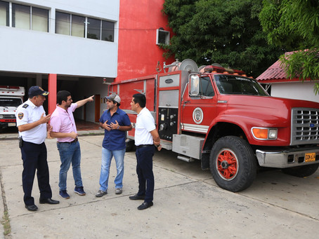 En Galapa recibieron máquina para los bomberos