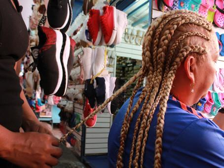 Las mujeres protagonistas de los peinados afro que se imponen en diciembre