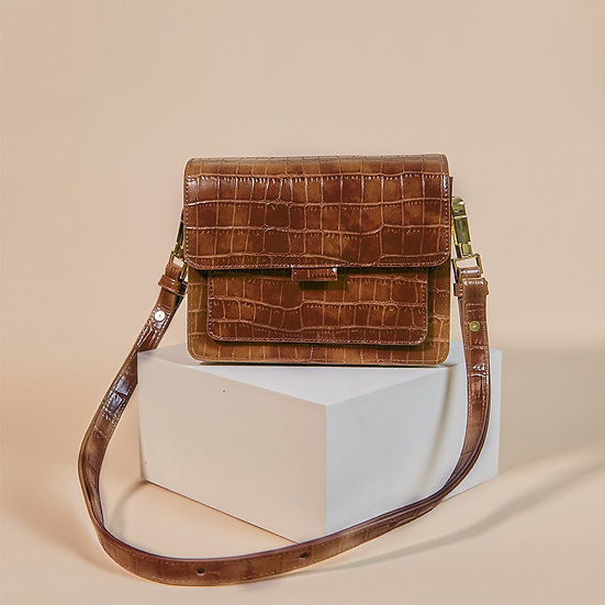 Coco Box classic brown color croco pattern shoulder bag