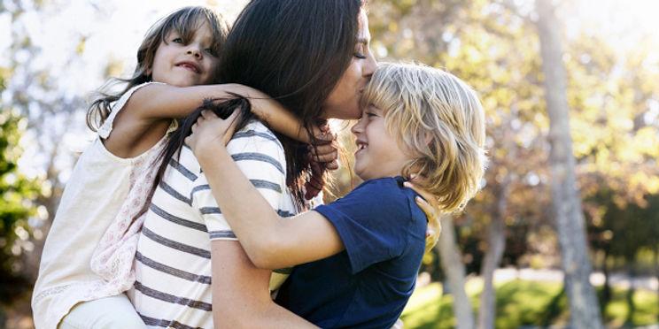 web3-child-carry-mother-hold-children-da