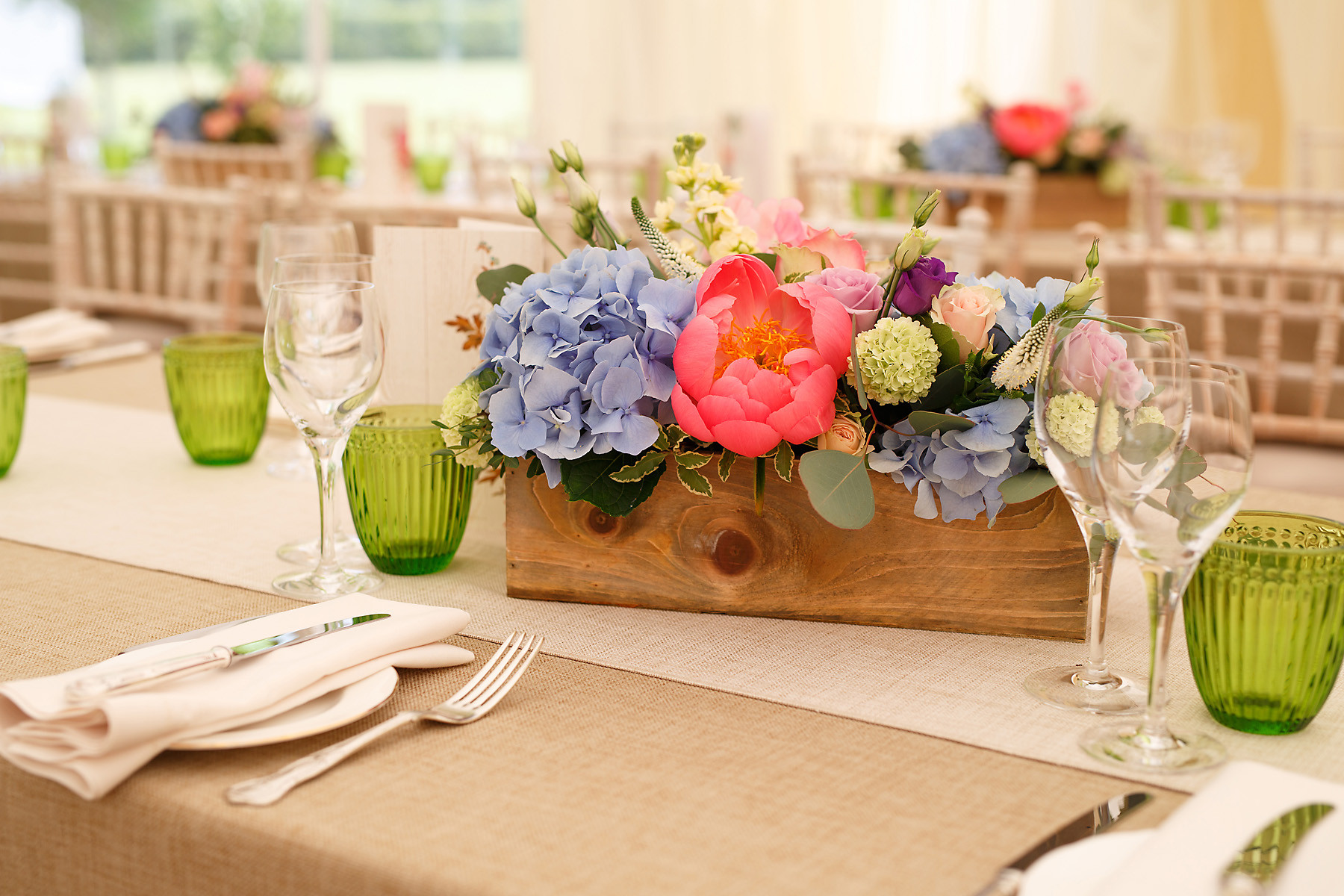 Rustic box table centres.jpg