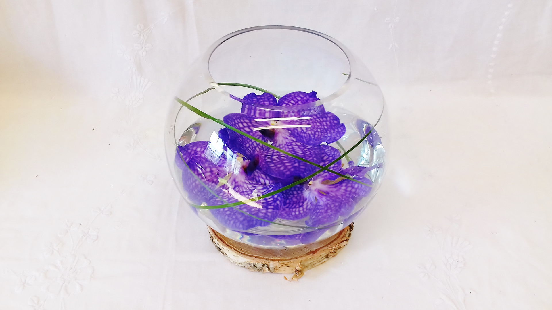 Vanda orchid fish bowl