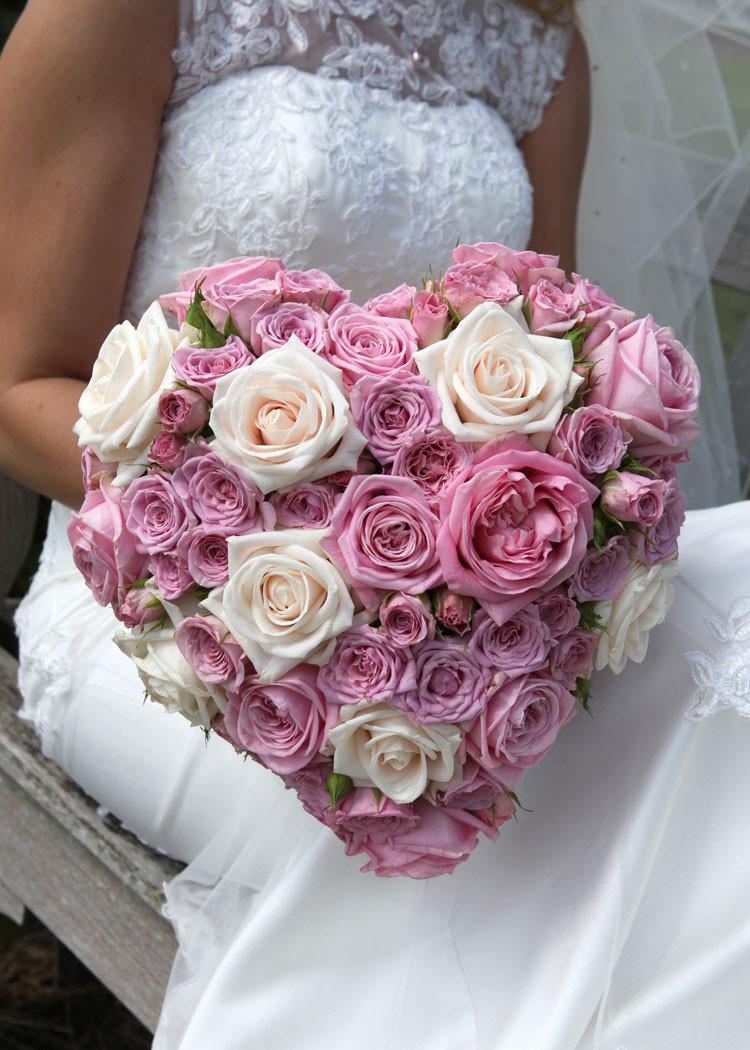 Heart shape bridal bouquet