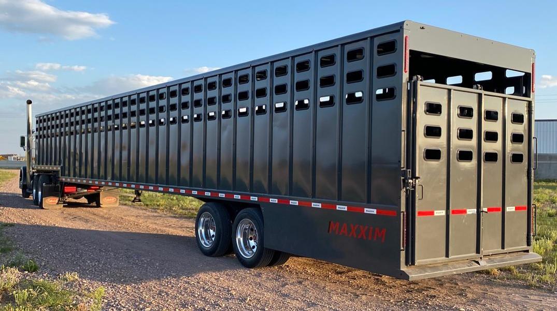 Ground Load Livestock Trailer
