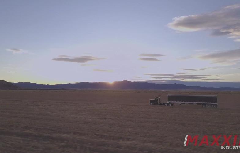 Tri - Axle Grain Trailer