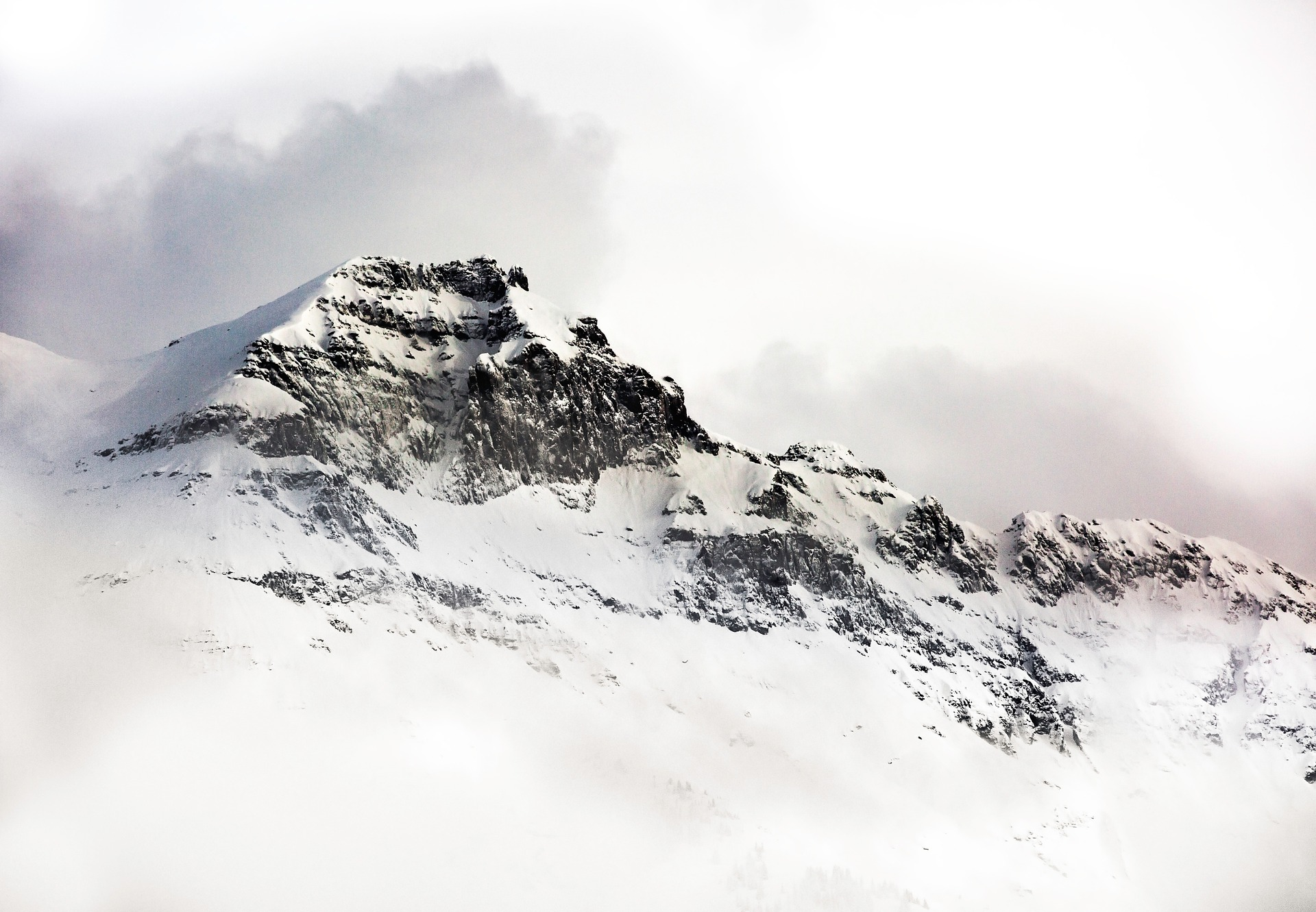 snow-1246173_1920