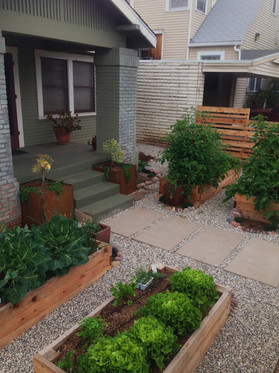 Vegetable Garden Design in Mission Hills