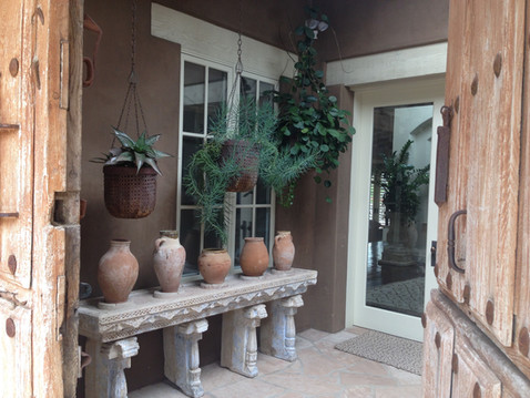 Pottery and Hanging Plant Design in Rancho Santa Fe