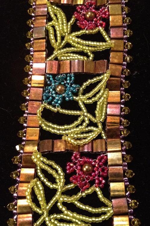 Detailed Beaded Bracelet