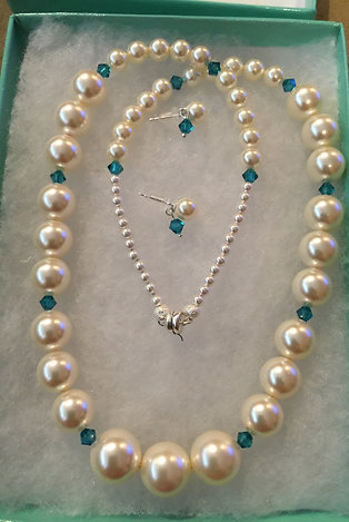 Bridesmaid Pearl & Gemstone Sets