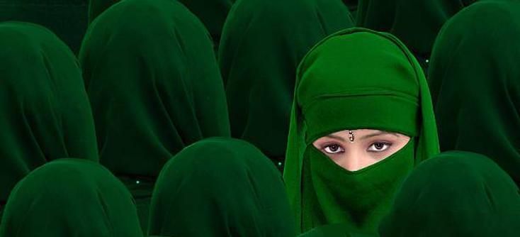 Green girls2.png