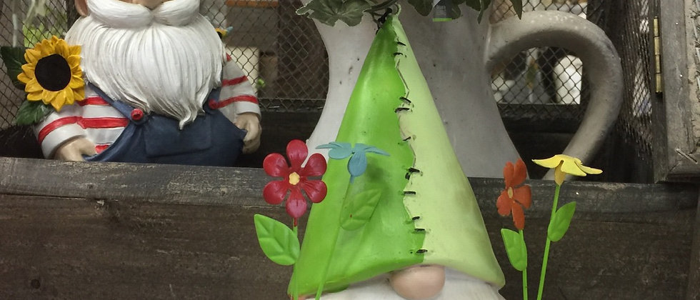 Gnome birdhouse