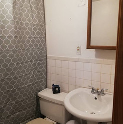 bathroom ds.jpg